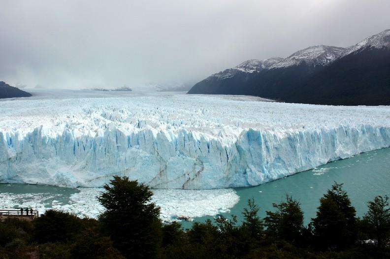 Vista do Glacial Moreno, atrativo de Calafate, uma das cidades com parada do ônibus que cruza a Ruta 40