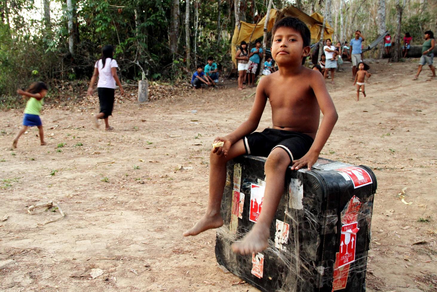 Linha 14 dos índios Paiter-Suruí (foto: Eduardo Vessoni)