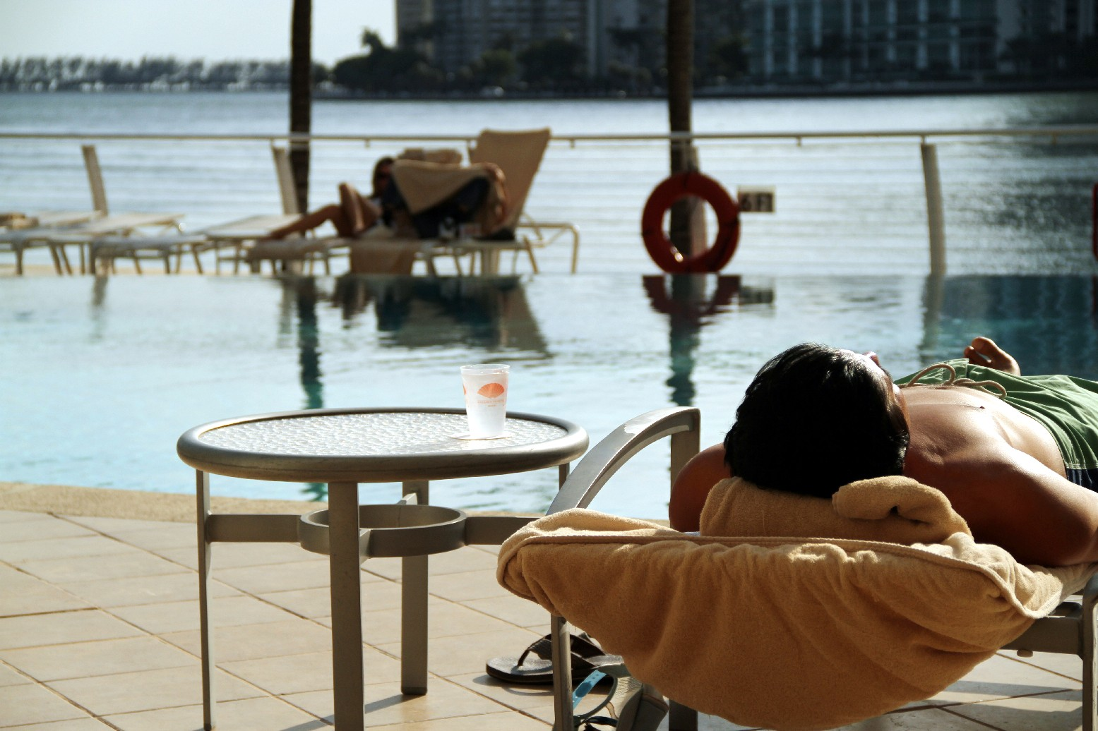Detalhe da piscina do hotel Mandarin Oriental, em Miami