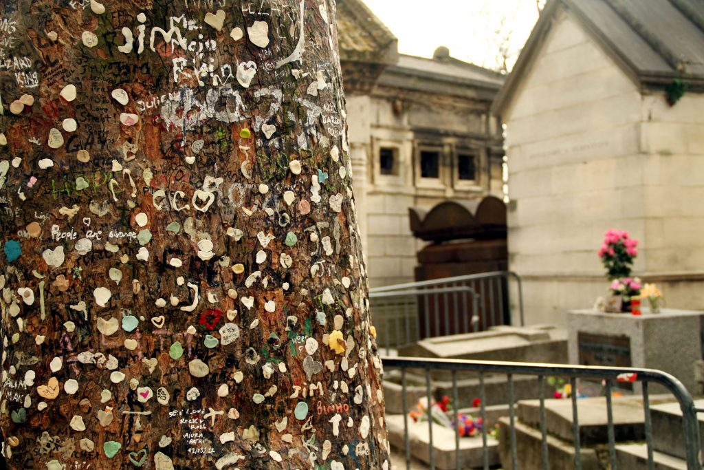 Túmulo do cantor Jim Morrisson (foto: Eduardo Vessoni)