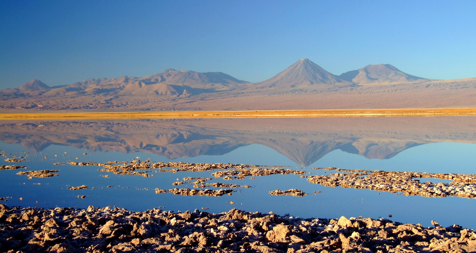 Vulcão Licancabur, entre o Chile e a Bolívia, em pleno Deserto do Atacama Saiba mais (foto: Eduardo Vessoni)