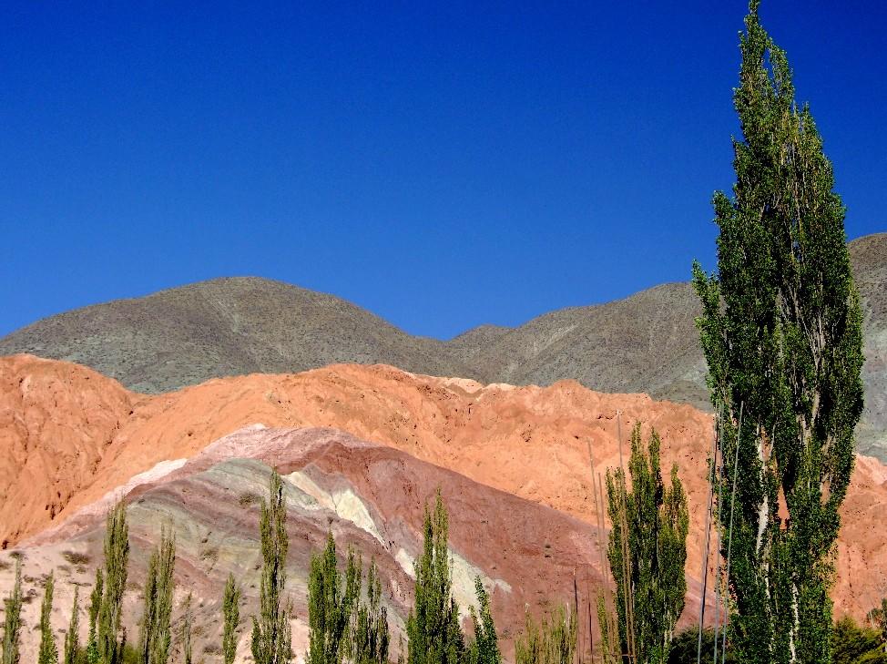 Cerro Siete Colores, em Purmamarca, na Quebrada de Humahuaca (foto: Eduardo Vessoni)