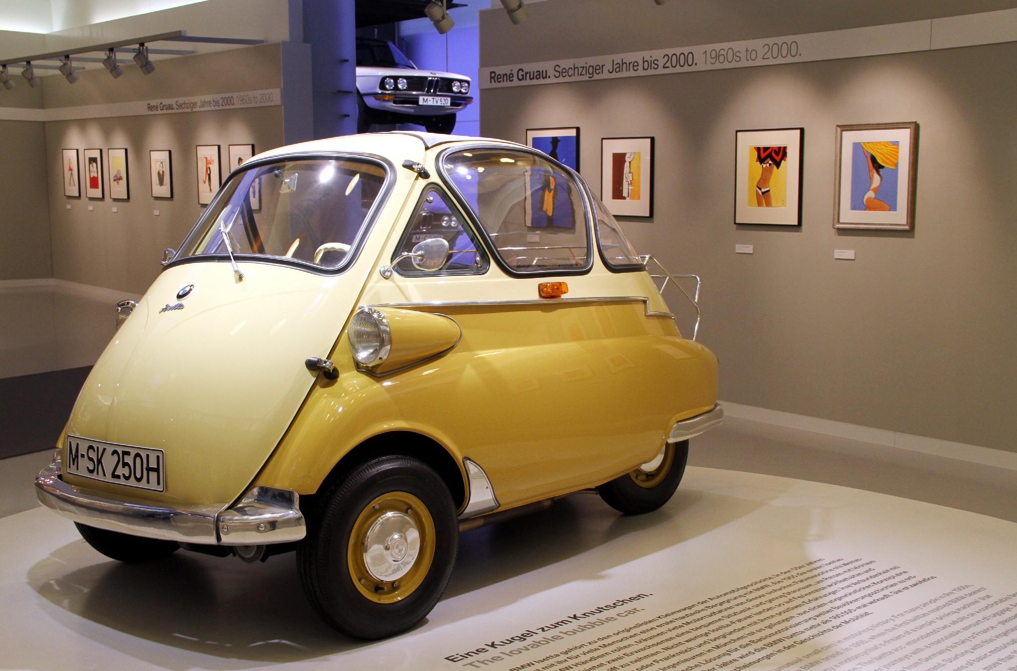 Modelo Isetta Motocoupé, em exibição no Museu da BMW, em Munique