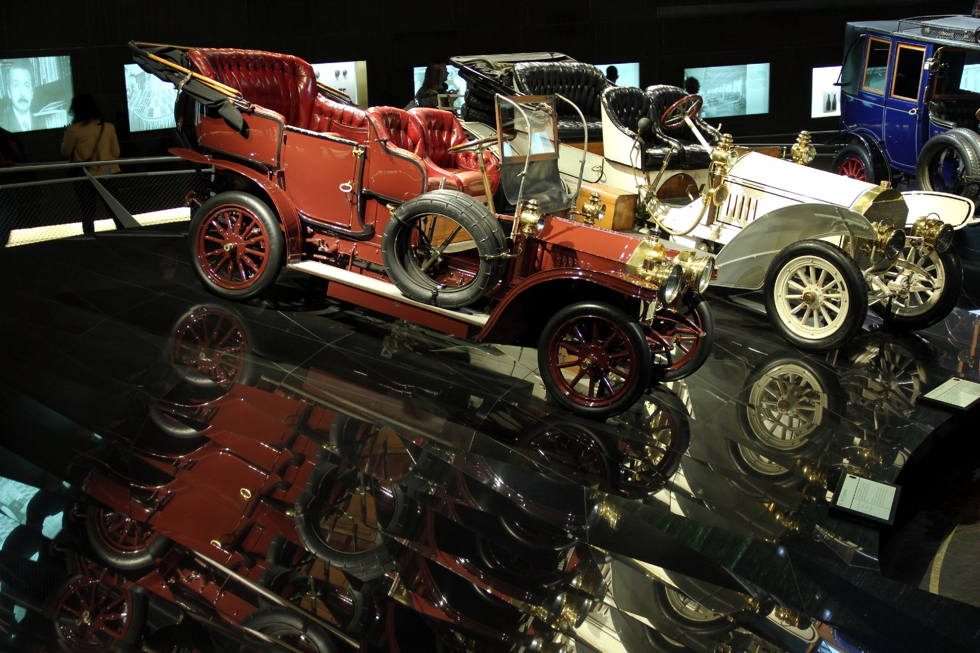 Museu da Mercedes, em Stuttgart (foto: Eduardo Vessoni)