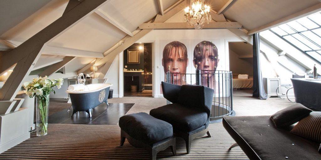 Vista da Deluxe Suite localizada no último andar do Hotel Particulier Montmartre, em Paris (foto: Divulgação)