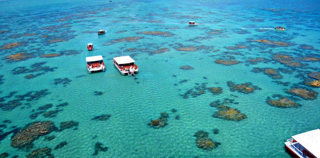 Vista aéreas dos parrachos de Maracajaú, no litoral do Rio Grande do Norte (foto: Corais de Maracajaú/Divulgação)