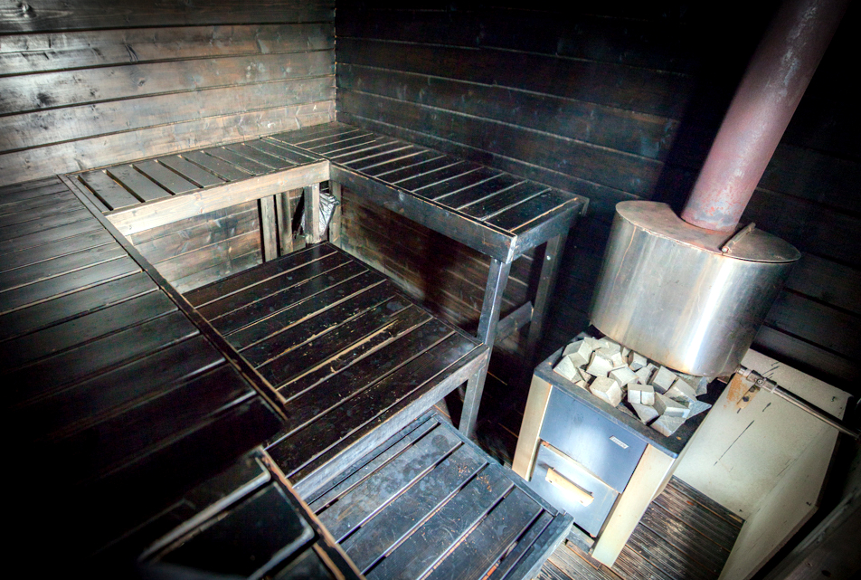 Vista interior de uma típica sauna finlandesa  (foto: Saunalautta/Divulgação)