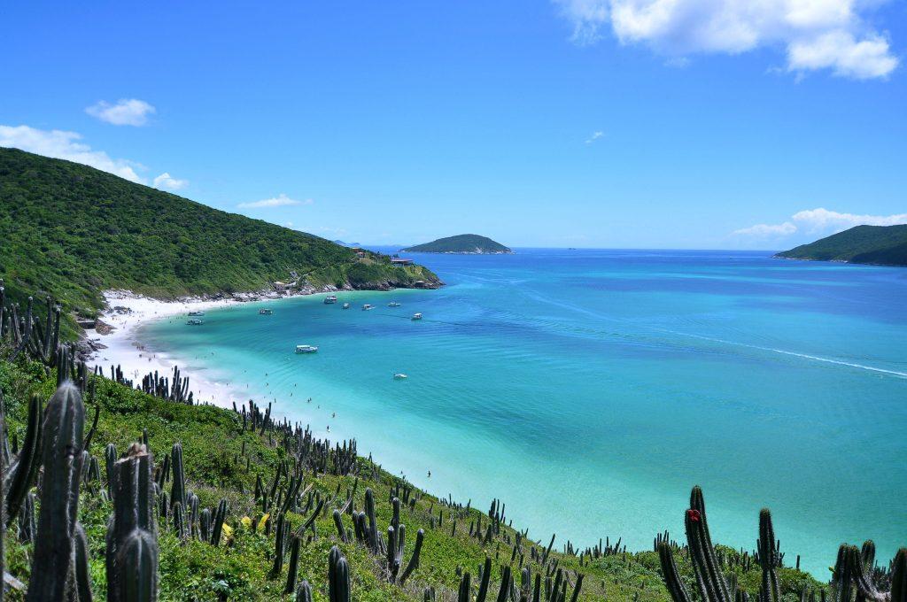 Vista de Arraial do Cabo, uma das mais belas praias da Região dos Lagos, no Rio de Janeiro (foto: Leonardo Shinagawa/Flickr-Creative Commons)