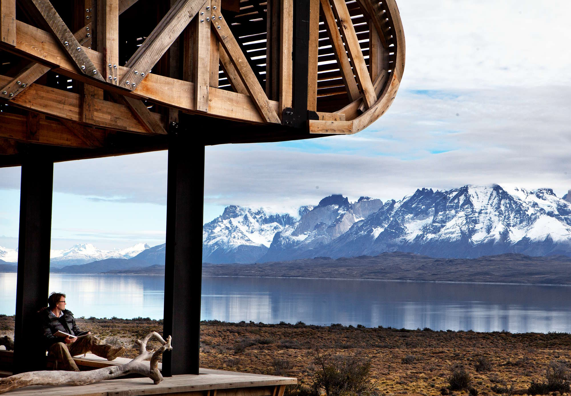 Vista do terraço do Tierra Patagonia (foto: Morten Andersen/Divulgação)