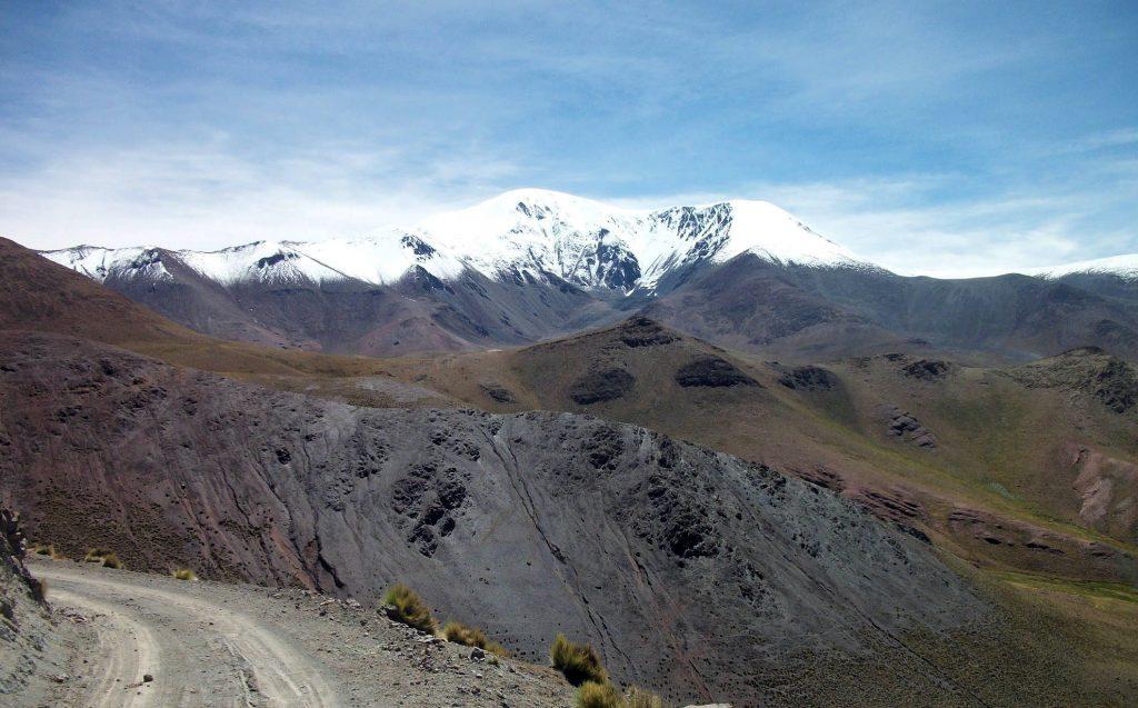 Vista do Nevado del Acay, na Província de Salta, uma das atrações da Ruta 40, no oeste argentino (foto: Daniel Peppes Gauer/Flickr-Creative Commons)