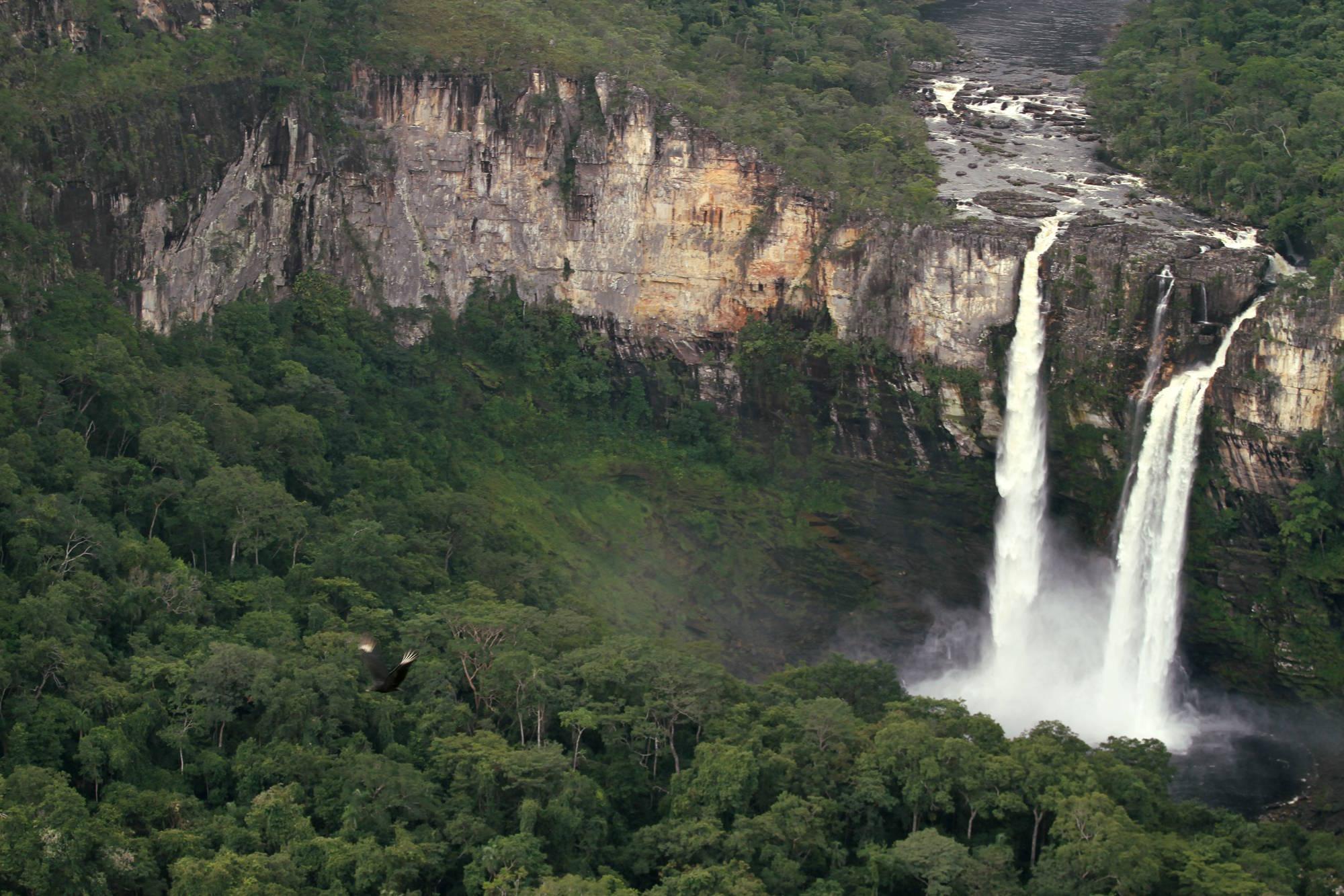 Salto do Rio Preto, em São Jorge, na Chapada dos Veadeiros (foto: Eduardo Vessoni)