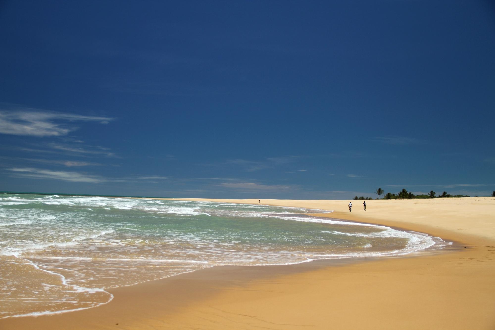 Itaquena, uma das praias do roteiro de bicicleta, entre Trancoso e a Praia do Espelho (foto: Eduardo Vessoni)
