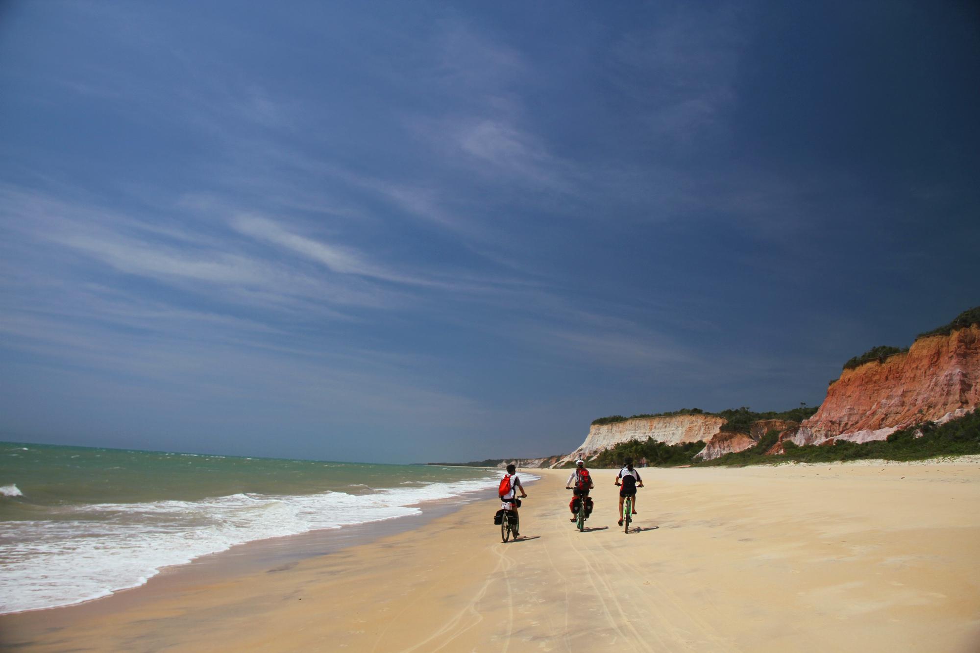 Pitinga é uma das praias do roteiro de bicicleta, entre Arraial d'Ajuda a Trancoso (foto: Eduardo Vessoni)
