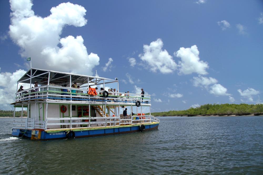 Passeio de barco até os mangues da Barra do Cunhaú (foto: Eduardo Vessoni)