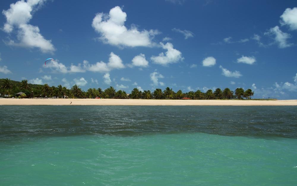 Encontro do mar com o rio Curimataú, em Barra do Cunhaú (foto: Eduardo Vessoni)