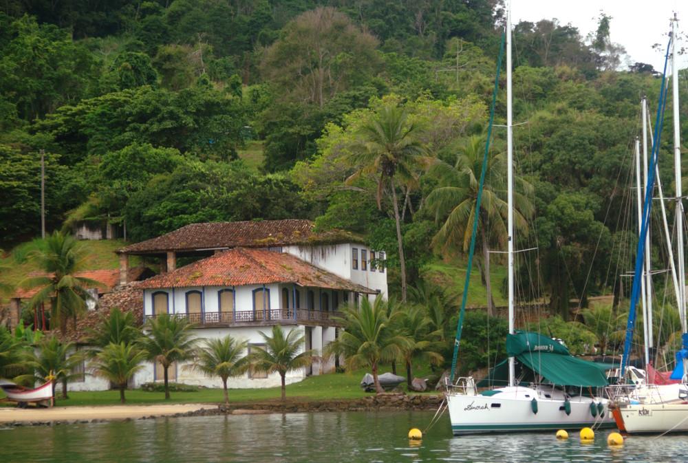 Vista da Marina do Engenho, em Paraty (foto: Eduardo Vessoni)
