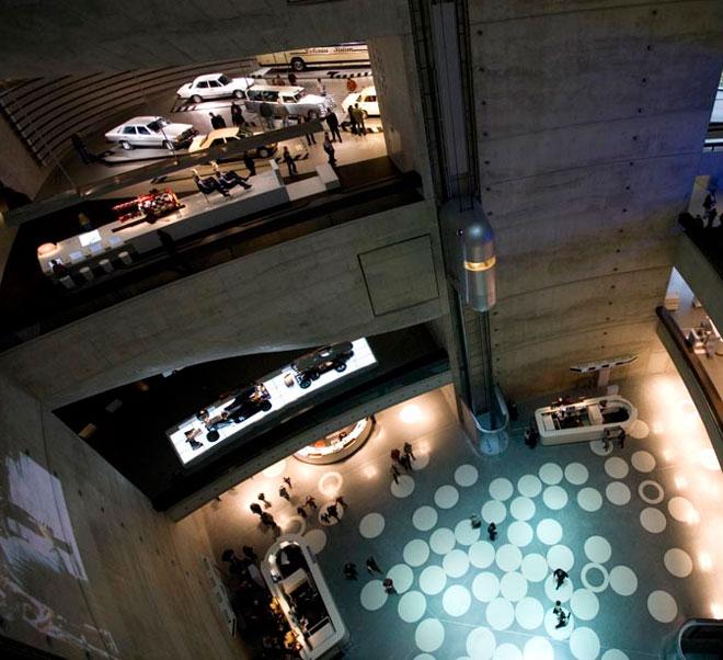 Museu da Mercedes-Benz, em Stuttgart, na Alemanha (foto: Mercedes-Benz/Divulgação)