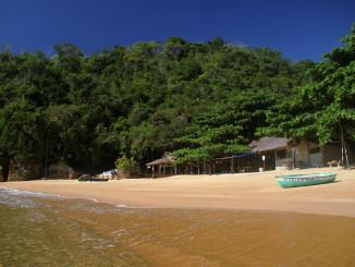 Praia Grande de Cajaíba, em Paraty (foto: Eduardo Vessoni)