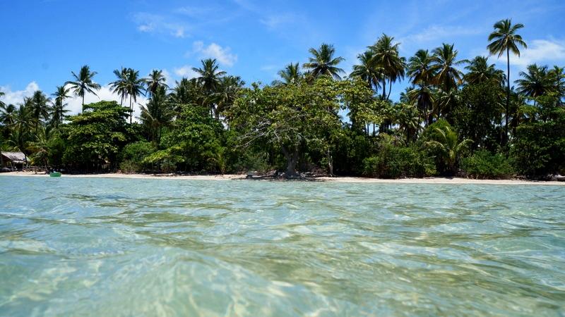 MORERÉ (Bahia): Localizado no sul da Bahia, em Boipeba, o Arquipélago de Tinharé abriga faixas de areia como Moreré, destino famoso por suas piscinas naturais em alto mar (foto: Wikimedia Commons)